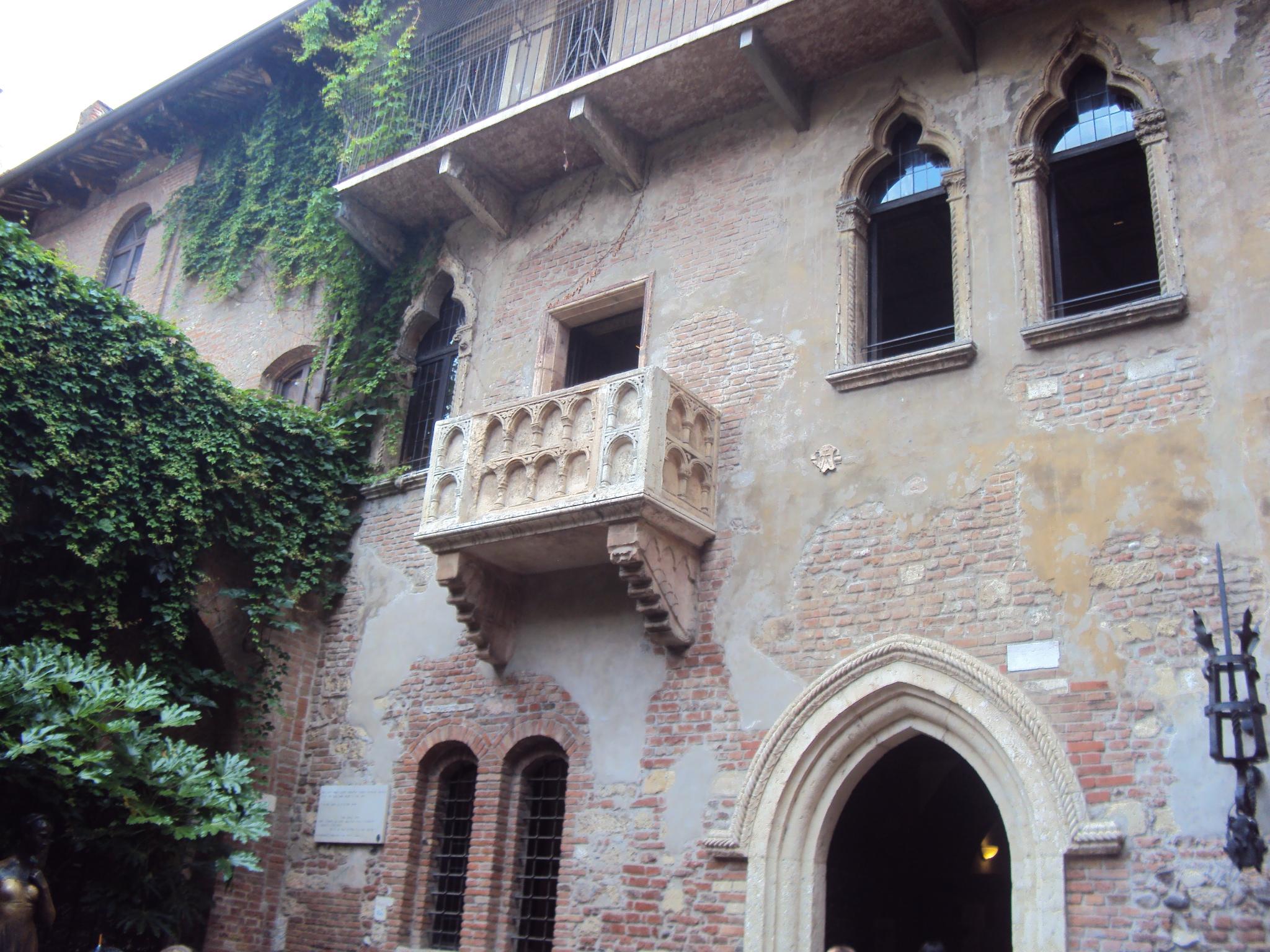 Balconul Julietei