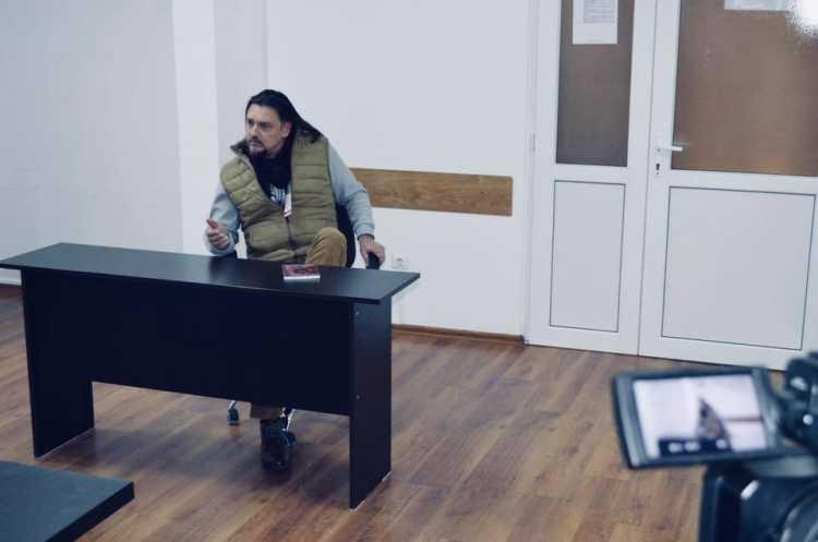 Borco Ilin la clubul de lectura de la Penitenciarul Timisoara - Așteptăria