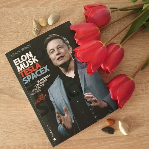 Elon Musk biografie adulti